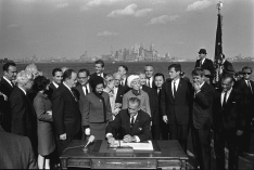 Immigration_Bill_Signing